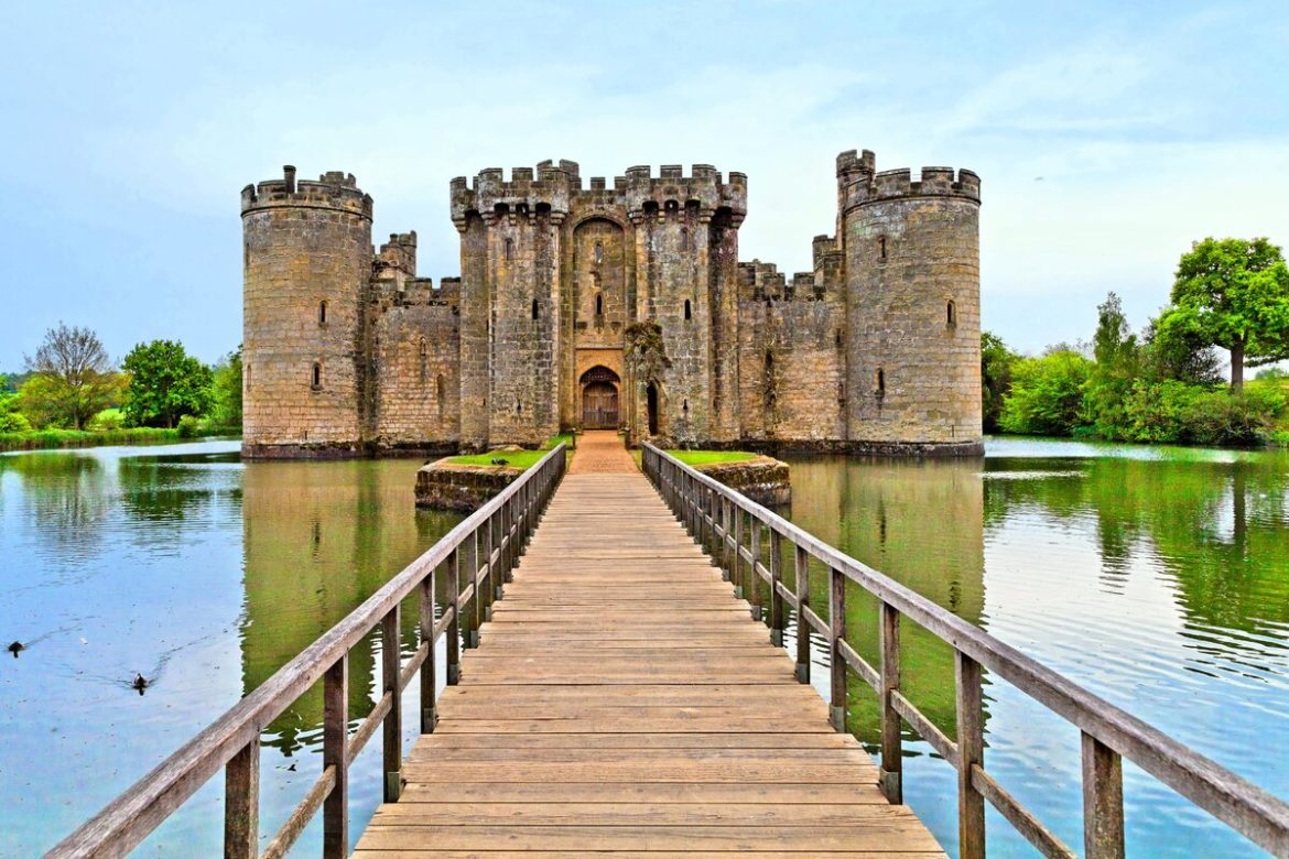 Seven oldest castles in the world