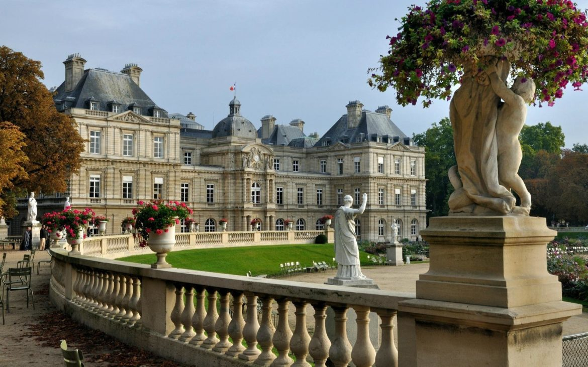 Best 10 Castles near Paris you need to visit.