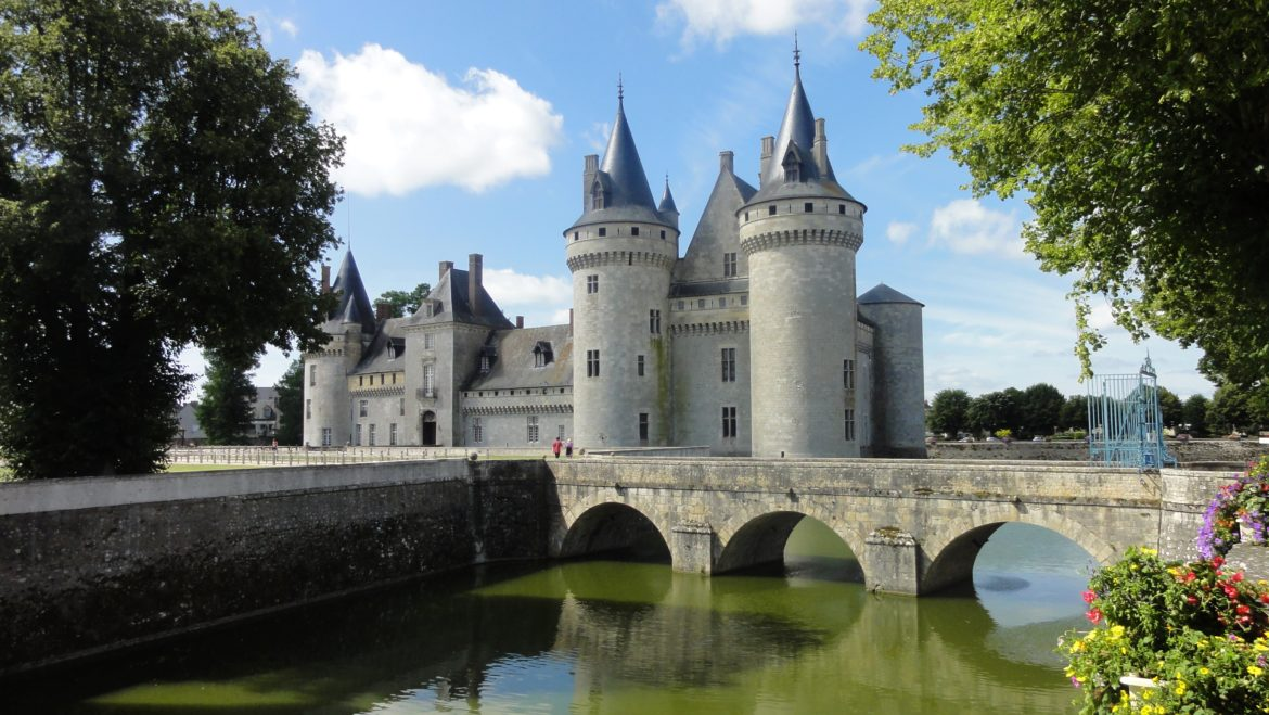 20 of one of the most Beautiful Castles in France